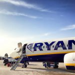 Ryanair zwalnia pasażerów z opłat