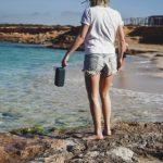 Upalny dzień nad wodą – o czym warto pamiętać?